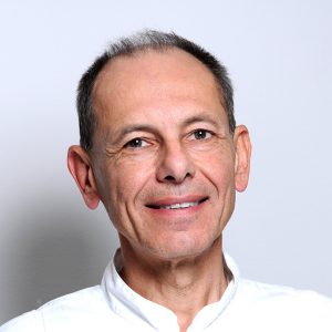 Tiziano Bombardelli, medico chirurgo